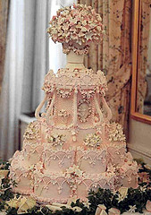 pink wedding victorian style cake from www.lori.fm